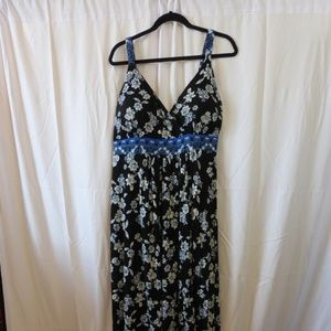 American Rag Black Blue and White Maxi Dress